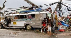 20131112-philippines-tacloban-mainRTX156EG